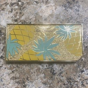Too Faced Sparkling Pineapple